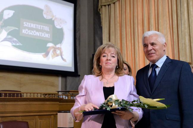 Vietórisz József-díjat kapott Viraszkó Szilvia, a Vasvári Pál Gimnázium tanára