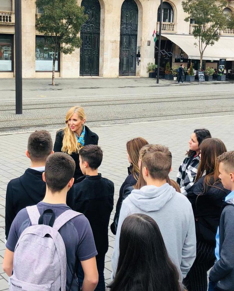 Nyíregyházi gyerekeket fogadott az Országházban Szabó Tünde